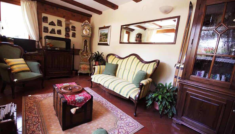 Hotel meuble laurent sts alpresor for Meuble courmayeur